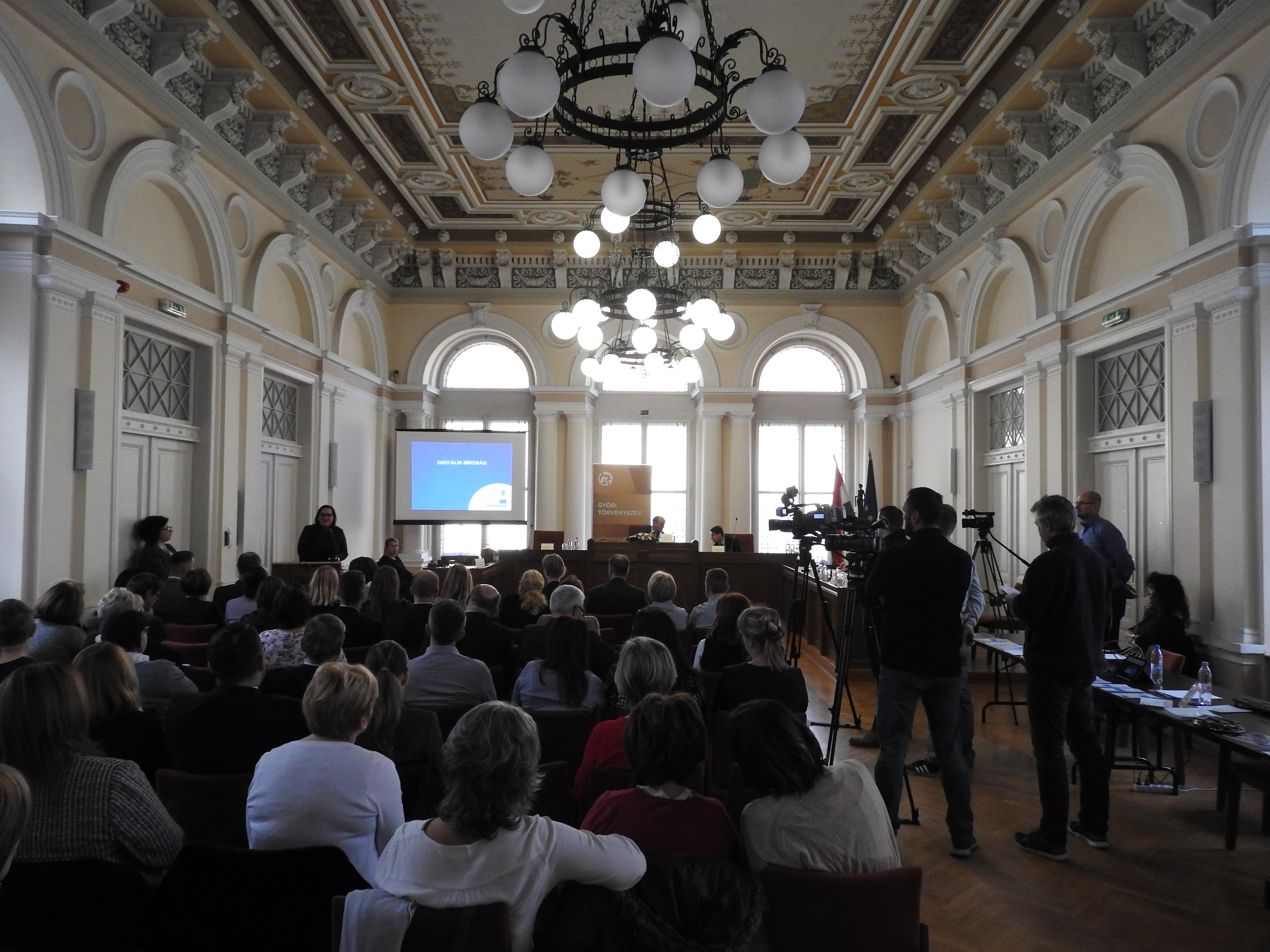 Digitális Nyílt Nap a Győri Törvényszéken