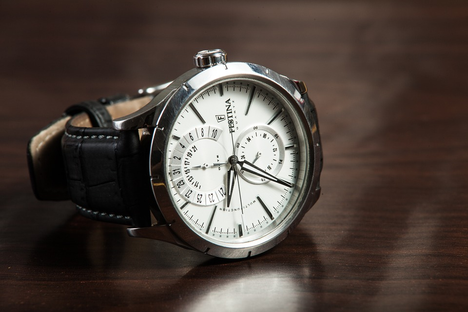 wristwatch-407096_960_720.jpg